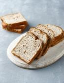 [아워홈] 호두 앤 곡물식빵